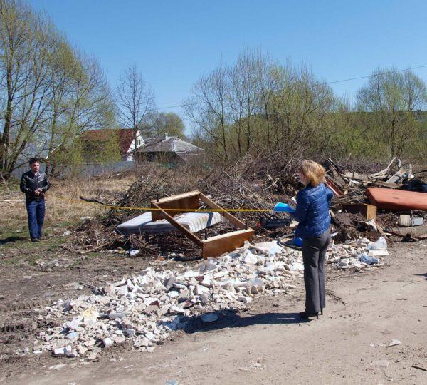 Специалисты замерили площадь замусоренной территории