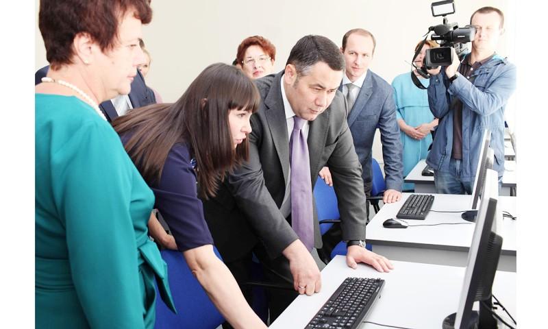 В школы Тверской области приходят молодые учителя