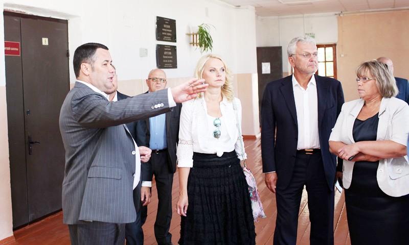 Выполнены поручения главы региона по ремонту Старицкой средней школы