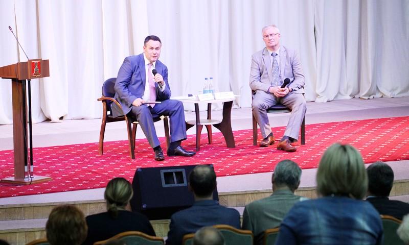 На основе предложений практиков  обсуждали развитие здравоохранения Тверской области