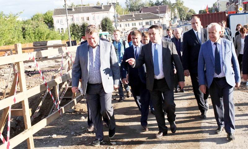 Ход ремонта моста в Ржеве оценил Игорь Руденя