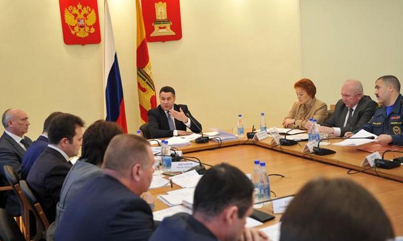 По улучшению качества уборки снега в Твери и областидал ряд поручений губернатор Игорь Руденя