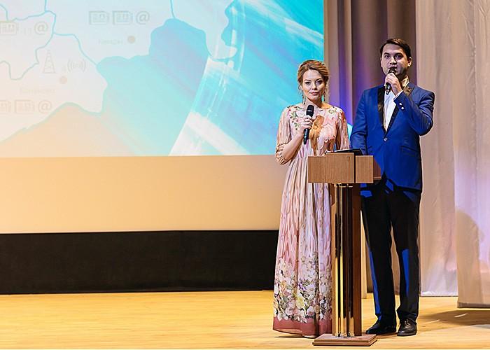 Юлия Бедарева и Тарас Кузьмин