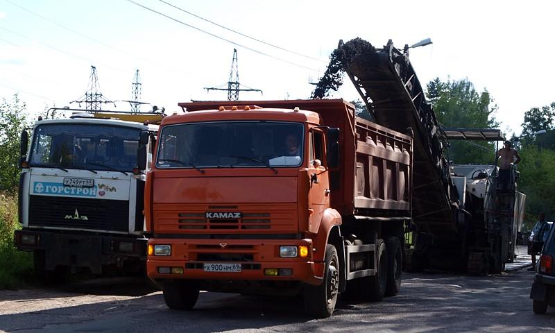 В Кимрах начался большой дорожный ремонт