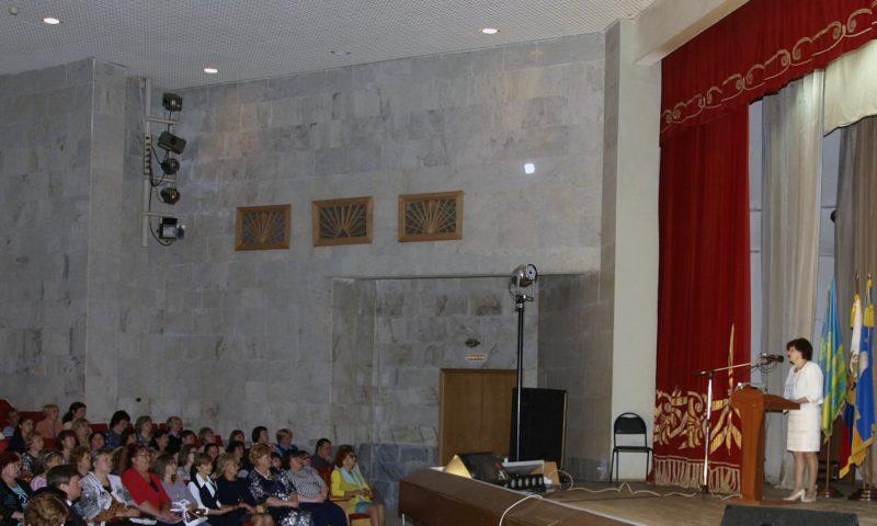 На конференцию к учителям в Кимры приехали сенатор и министр