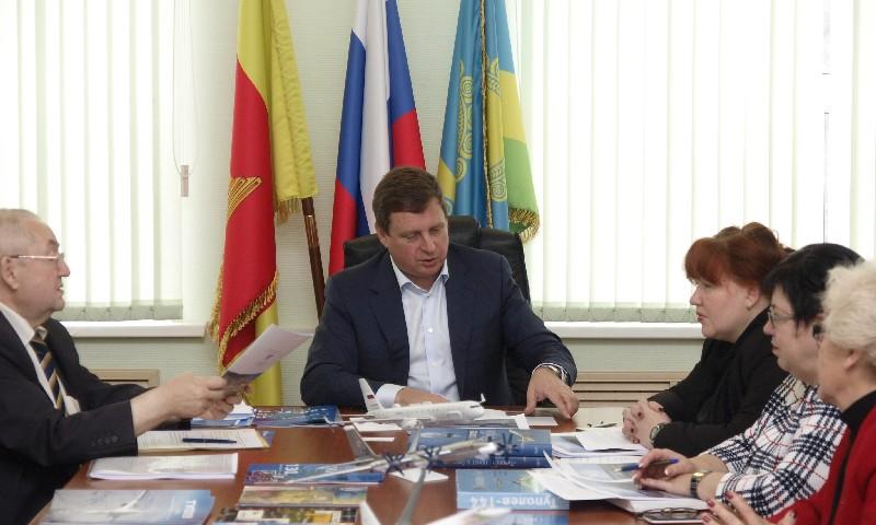 сенатор Андрей Епишин