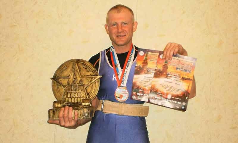 Кимряк – чемпион России по пауэрлифтингу