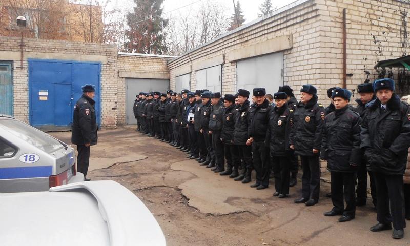 Строевой смотр в кимрской полиции
