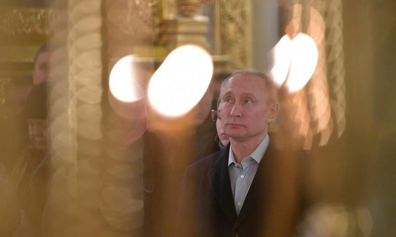 Президент Владимир Путин посетил Нило-Столобенскую пустынь в Тверской области
