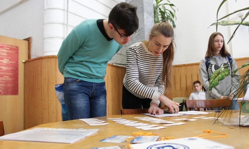 В Твери старшеклассники приняли участие в первом этапе всероссийской Олимпиады «Россети»