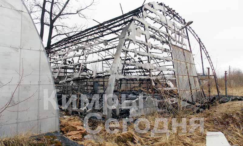 В Кимрах 18 апреля сгорел пустующий склад стройматериалов