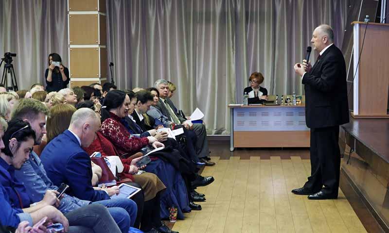 Заместитель председателя комитета Совета Федерации Федерального Собрания РФ по науке, образованию и культуре Сергей Рыбаков