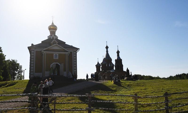 Павел Ефремов: «Волжский Крестный ход служит консолидации православной молодежи вокруг традиционных ценностей»