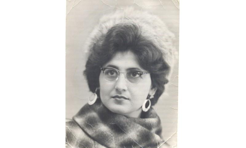В Баку она – именитый фотограф, в Кимрах – мастерица вышивки