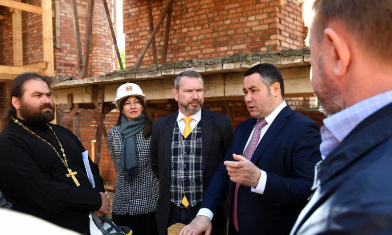 9 июня Губернатор Игорь Руденя побывал на строительной площадке Спасо-Преображенского собора в Твери.
