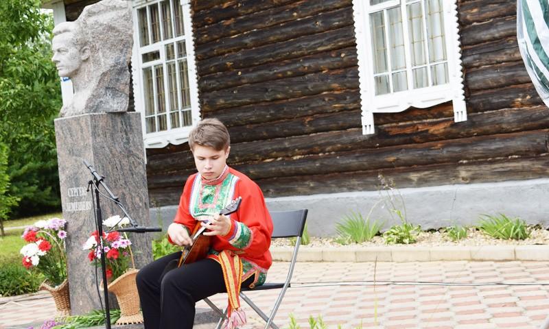 Постоянные участники и новички Лемешевского фестиваля