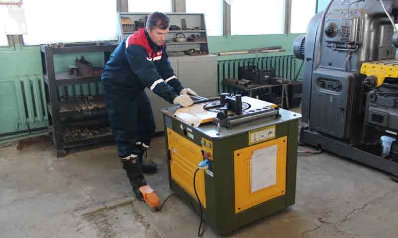 Энергетики Тверьэнерго самостоятельно изготавливают металлоконструкции для монтажа новых опор в рамках Учений в Тверской области