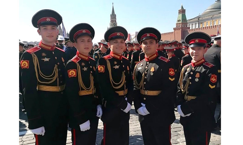 Кимряк участвовал в юбилейном параде Победы