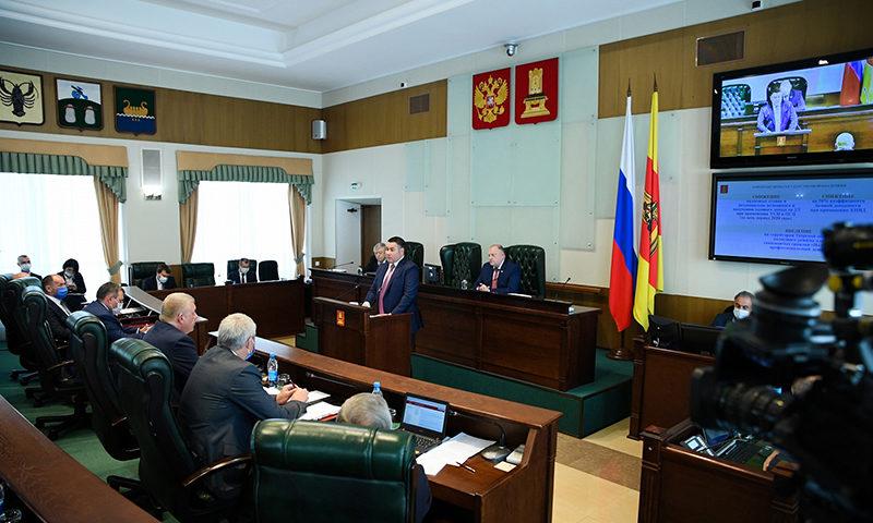 Губернатор Игорь Руденя отчитался о работе правительства за год
