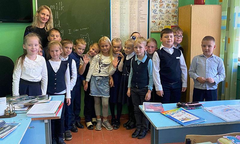 Маленькая учительница Рэйчел Шевченко