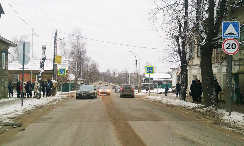 На пешеходном переходе в Заречье сбита несовершеннолетняя девушка