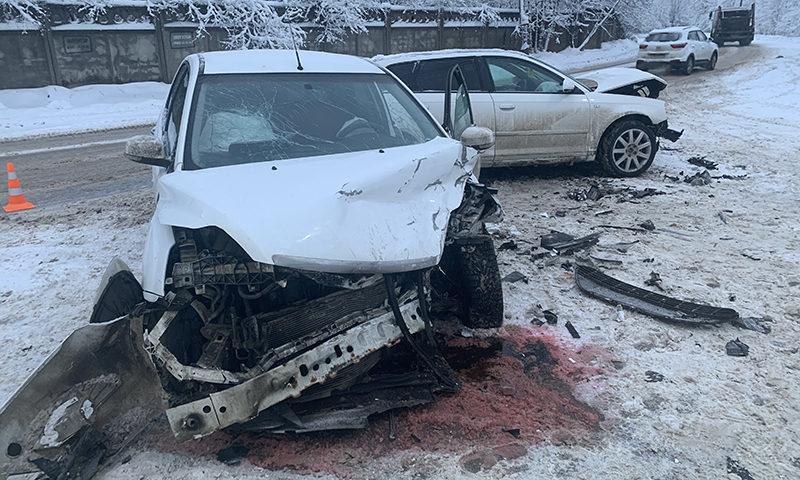 В ДТП на Борковском шоссе пострадал пассажир