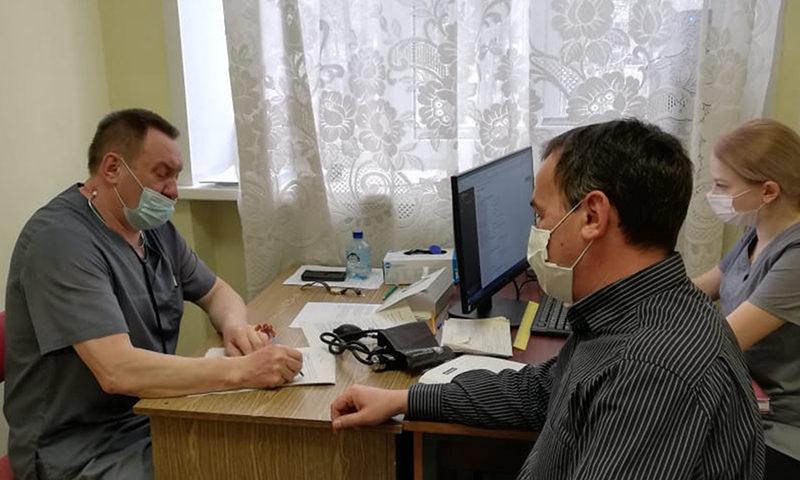 Депутаты призывают к вакцинации