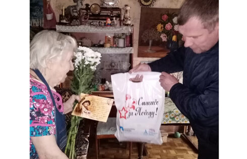 Депутат Баринов поздравил ветеранов