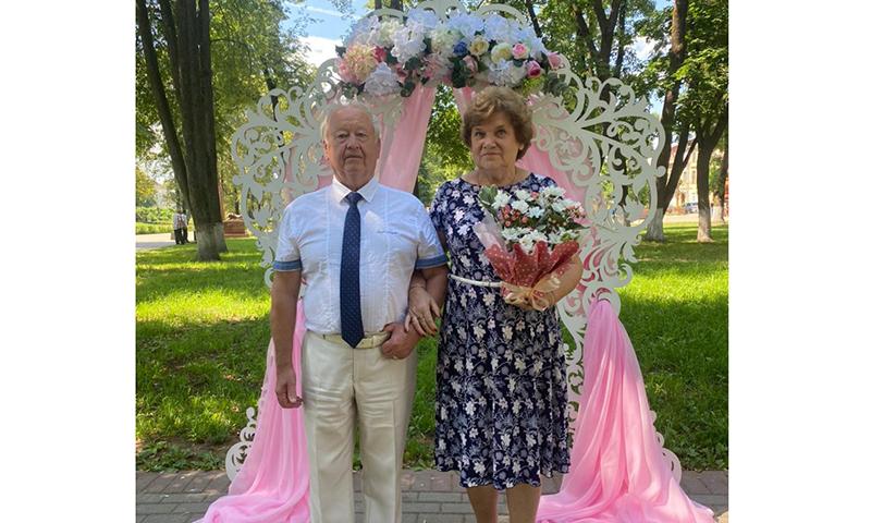 Кимряков Храбровых наградили за любовь и верность