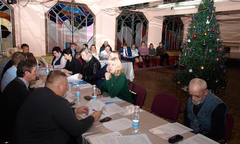На заседании кимрской Думы депутаты плакали о бюджете на 2019. Котов и Гомулин плакать не пришли